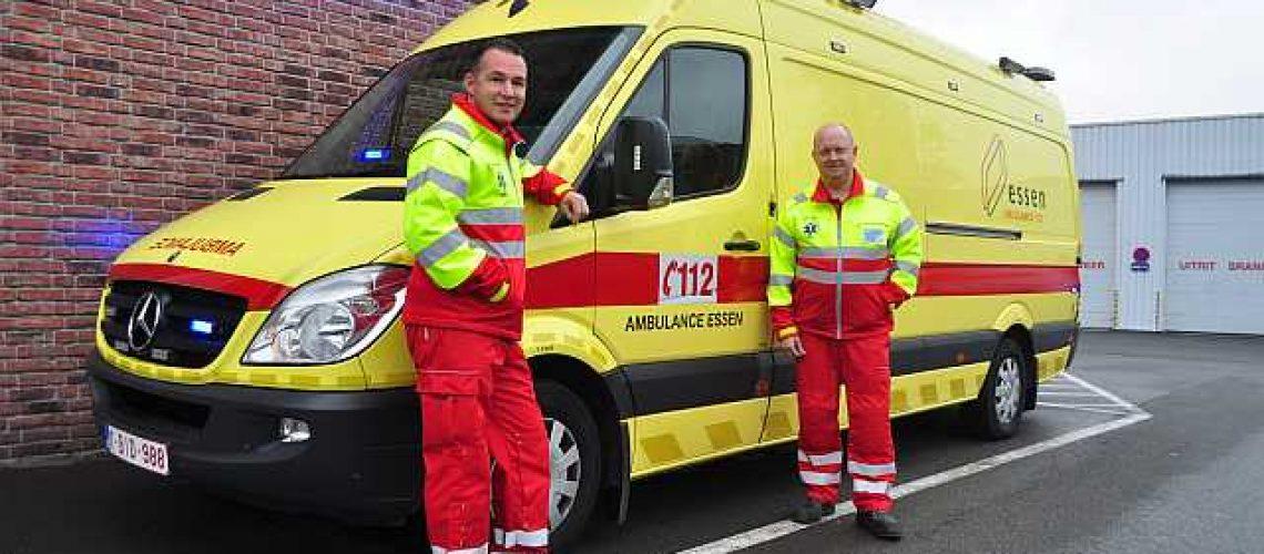 De-ambulancedienst-en-zijn-vrijwilligers